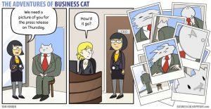 boss cat 12 300x155 - Begini Jadinya kalau Kamu Punya Bos Seorang Kucing