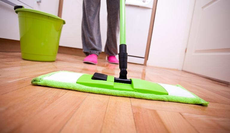 Jaga selalu kebersihan rumah.