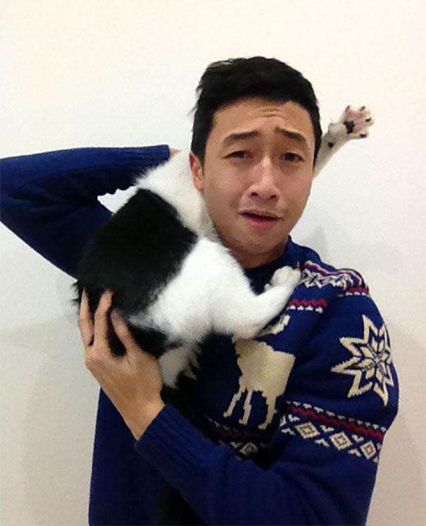 ogah selfi8 - Lihat Aksi Konyol 12 Kucing ini Saat Diajak Selfie. Mukanya Ngeselin Banget