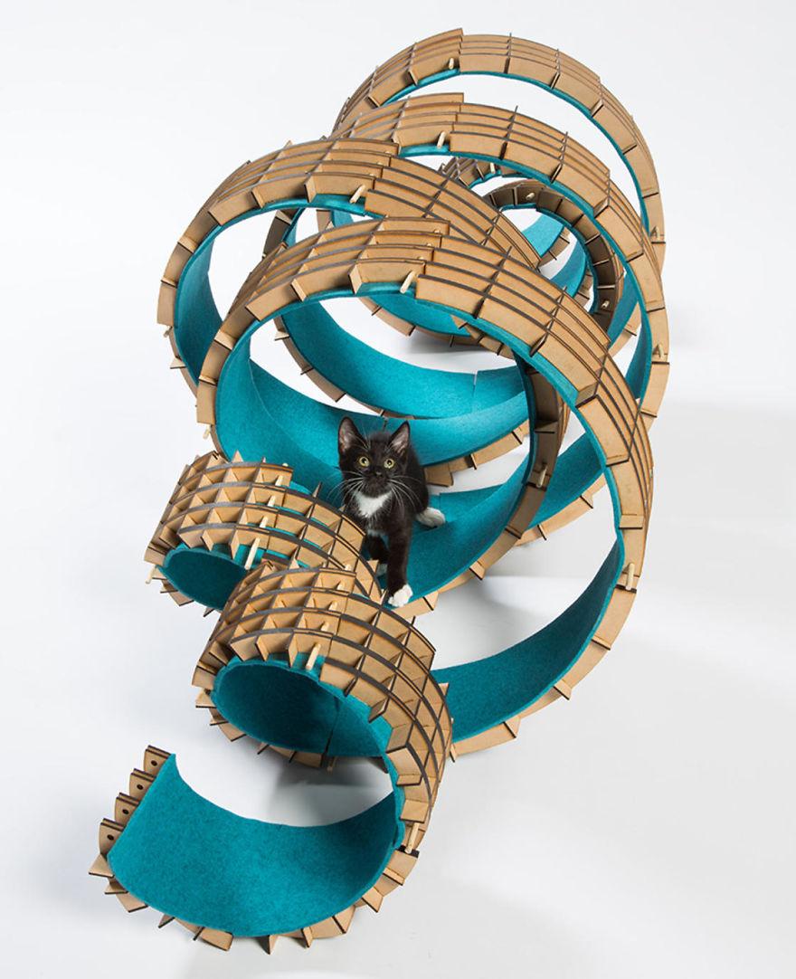 tempat bermain kucing5 - 11 Tempat Bermain Kucing ini Keren Abis !